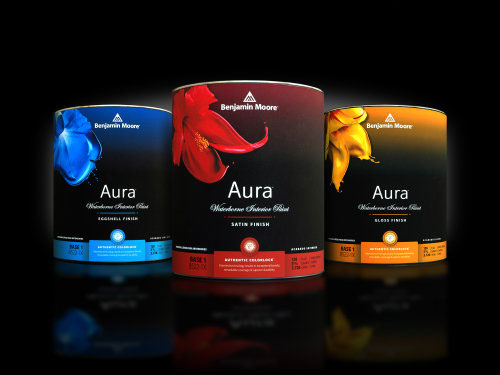 photo of can of Benjamin Moore Aura paint