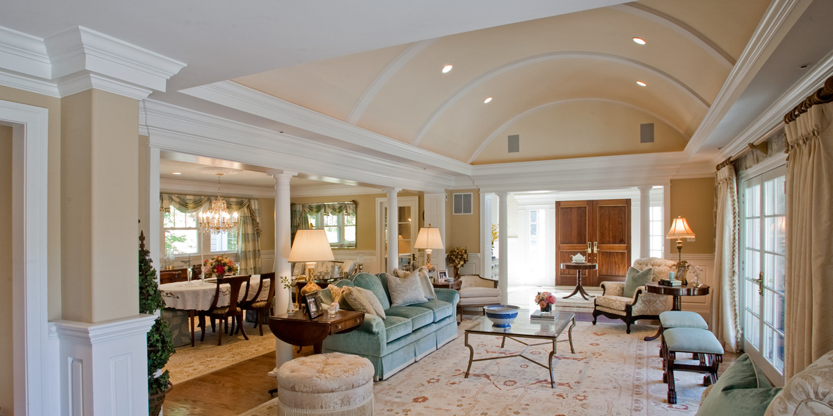 photo of vaulted ceiling in great room painted peach